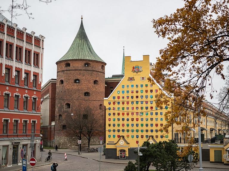 Latvijas Kara muzejs – Latvijas militāri politiskā vēsture ekspozīcijās