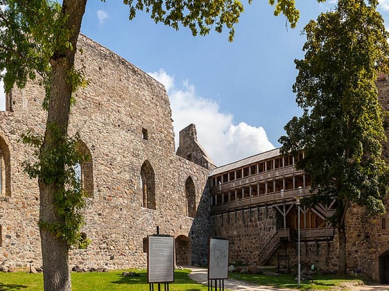 Livonijas ordeņa Siguldas pils – vieta, kur izjust Viduslaiku auru