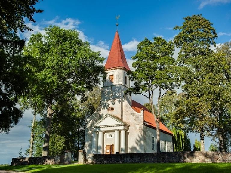 Rubenes luterāņu baznīca