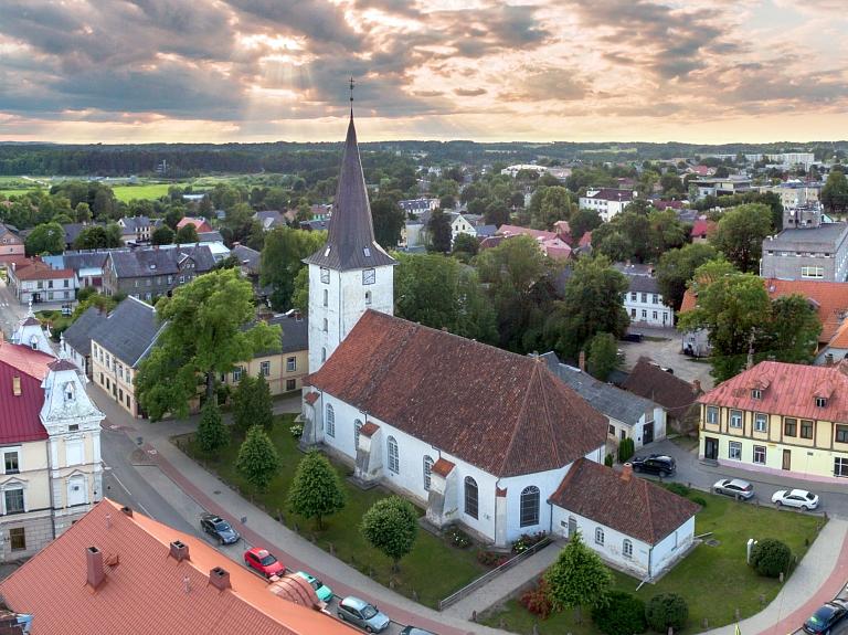 Sv. Trīsvienības Tukuma luterāņu baznīca