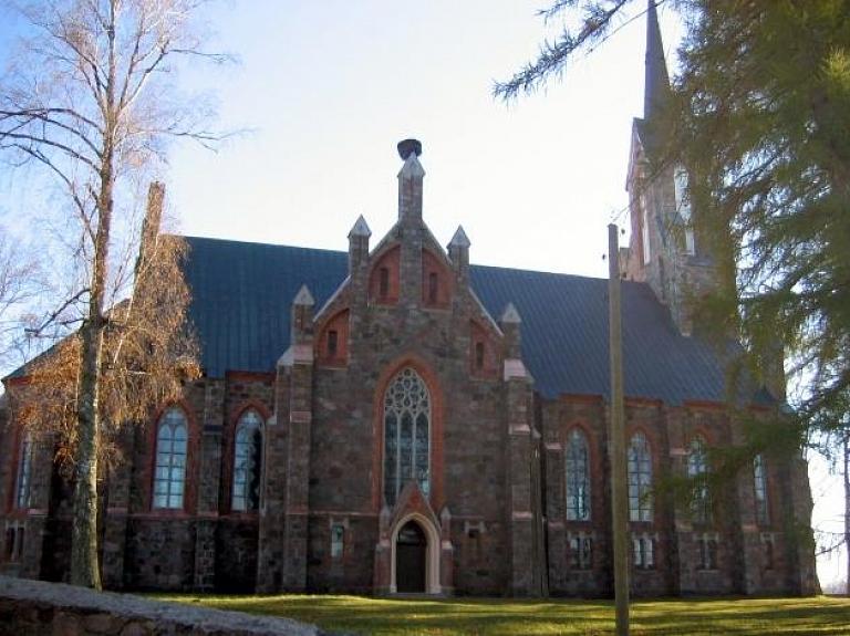Cesvaines evaņģēliski luterāniskā baznīca