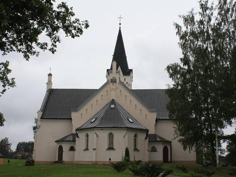 Jaunpiebalgas Svētā Toma evanģēliski luteriskā baznīca
