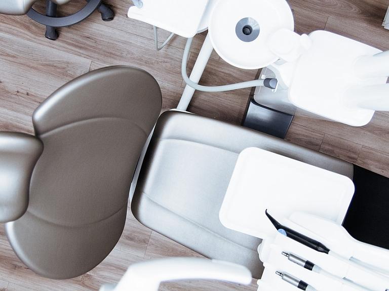chair_