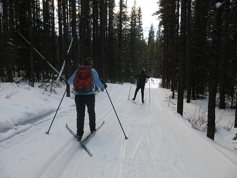 5 distanču slēpošanas vietas Latvijā, kur baudīt sniegotos laikapstākļus