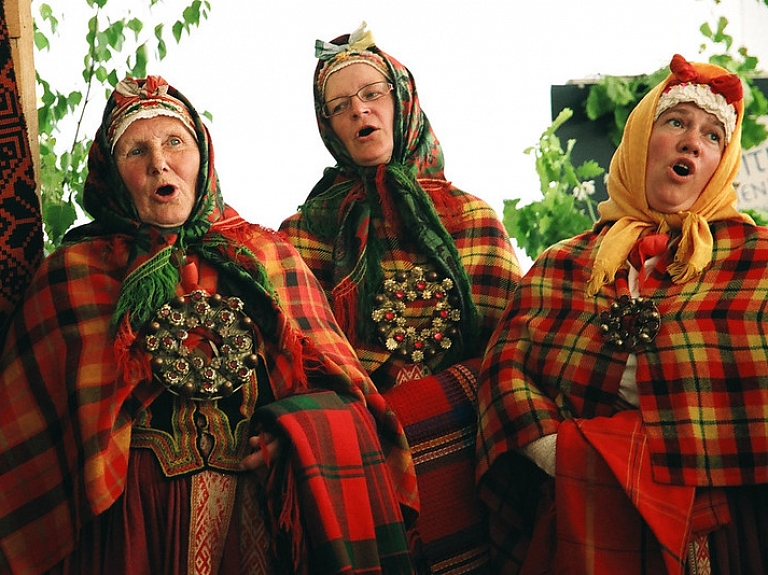 Etnogrāfiskie tautastērpi Kurzemē – kādi tie bija?