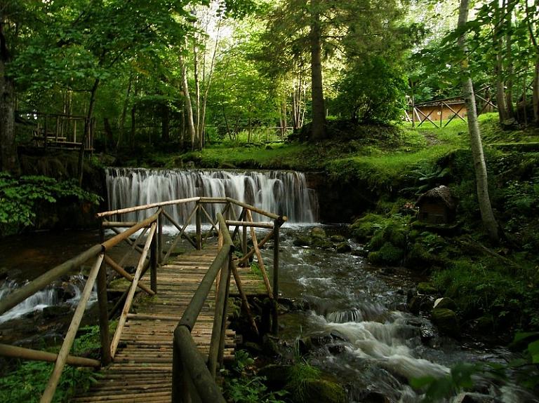 Baltijā lielākais dzirnavu ūdensrats – Ieriķu dzirnavu dabas taka