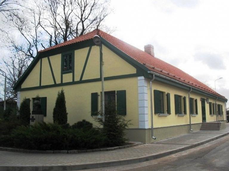 Špringera skolas ēka