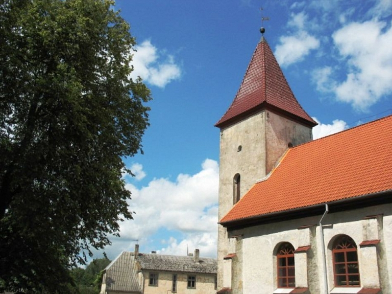 Durbes baznīca