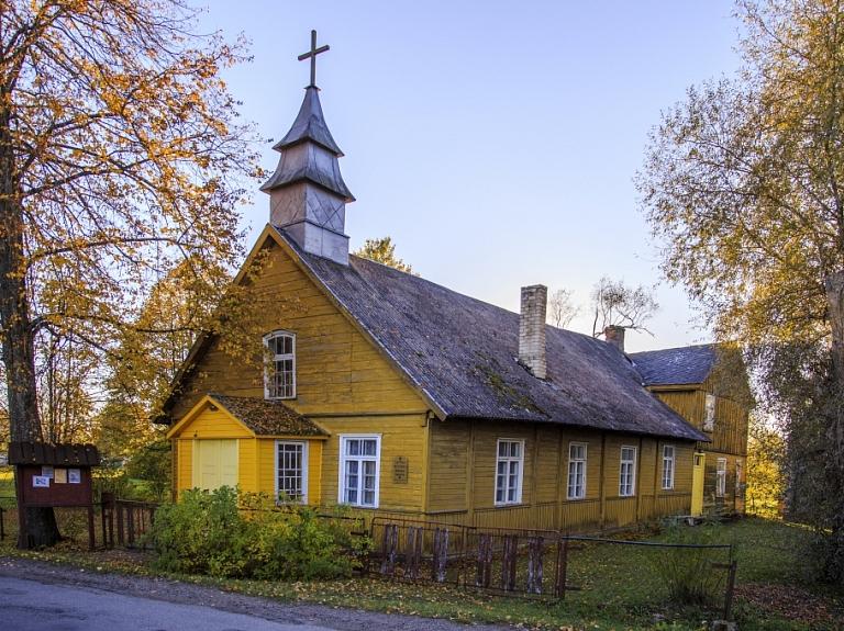 Rucavas baptistu baznīca