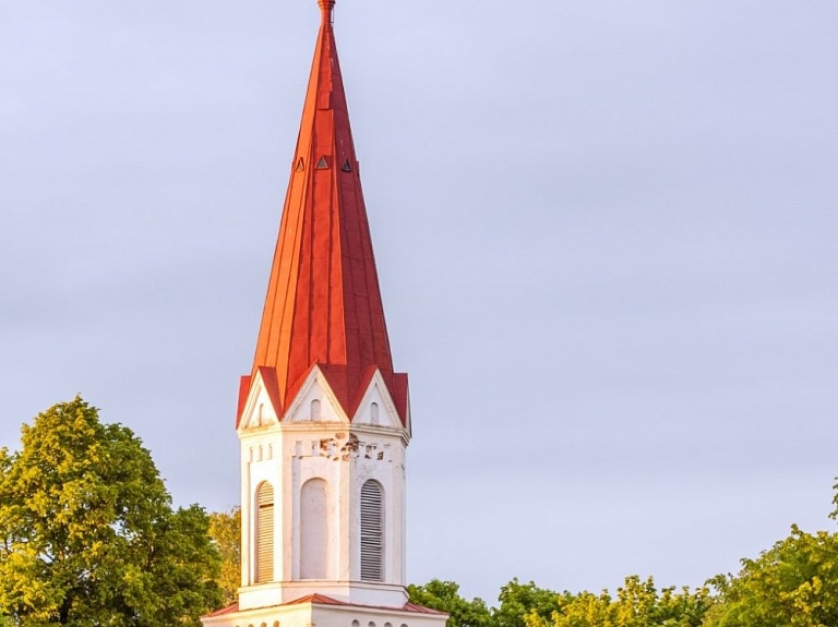 Rucavas evaņģēliski luteriskā baznīca