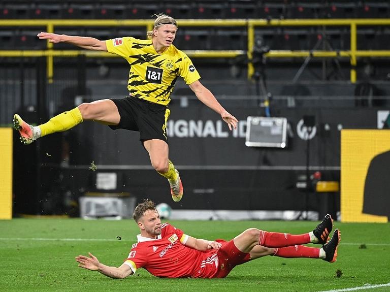 """""""Viaplay"""" līdz 2029. gadam pārraidīs Bundeslīgas spēles ar latviešu valodas komentāriem"""