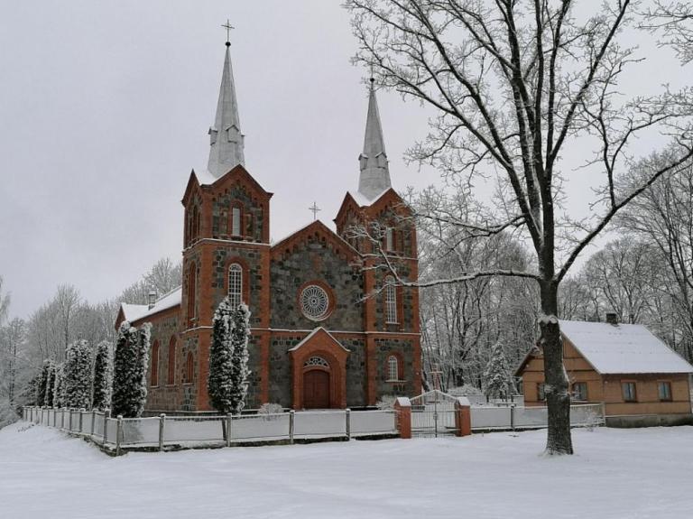 Riebiņu Sv. Pētera un Pāvila Romas katoļu baznīca