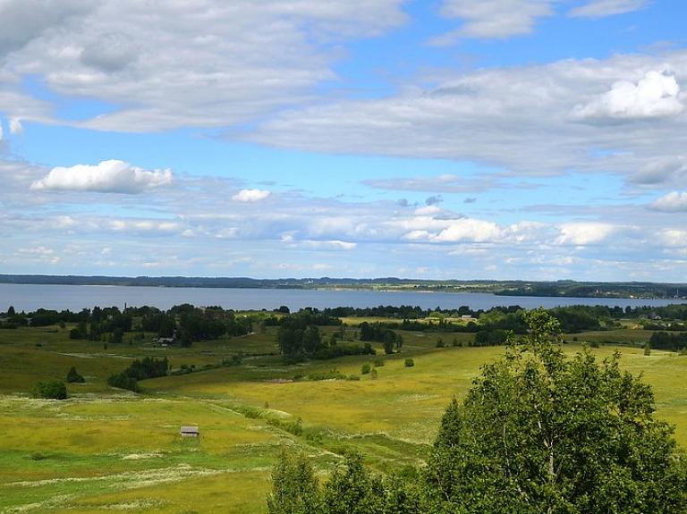 Latgales kultūrainaviskā vide un dabas bagātības Rāznas nacionālajā parkā