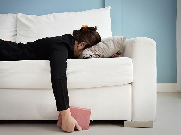 """SIA """"Miega slimību centrs"""" – miegainība, miega diagnostika, miegainība pie stūres"""