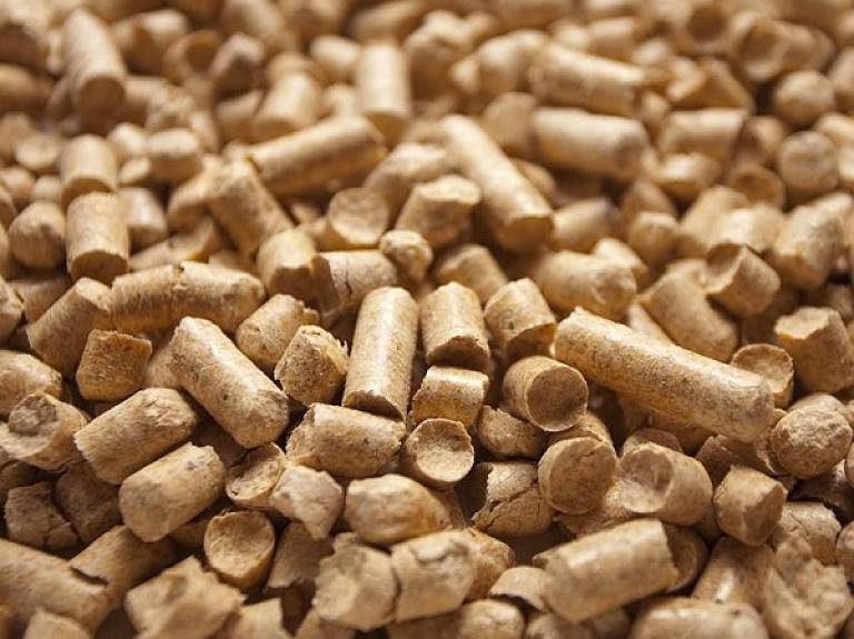 Eccal briketes un apkures granulas ar lielisku kvalitāti, pievilcīgu cenu–videi draudzīgs un izdevīgs kurināmais