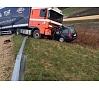 Foto: Valsts policija|Lielvārdes novadā uz autoceļa Tīnūži – Koknese notikusi smaga avārija, kurā gājuši bojā divi cilvēki.