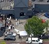 AP/ LETA|Seksuālo minoritāšu naktsklubā Orlando, ASV Floridas štatā notikusi apšaude. Apšaudē - vismaz 50 upuru un vismaz 53 ievainoto.Policija, kas notikuma vietā ieradās pēc trīs stundām, to nodēvējusi par teroraktu. Uzbrukuma brīdī klubā bija ap 320 cilvēku. Mediji to jau nodēvējuši par ļaunāko masu apšaudi ASV vēsturē.