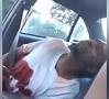 Foto no video|Kāda sieviete ASV tiešraidē Facebook pārraidījusi sava policistu sašautā drauga nāvi.