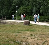 Foto: Pilseta24.lv|Jēkabpils Tūrisma informācijas centrs apkopojis informāciju par tūristu apmeklējumu pirmajos vasaras sezonas mēnešos – maiju, jūniju un jūliju. Tūrisma centra dati liecina, ka, salīdzinot ar pagājušo gadu, ir palielinājies ārvalstu ceļotāju skaits attiecībā pret vietējiem ceļotājiem – šogad tas veido jau 20% no TIC apmeklētāju skaita.
