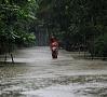 Foto: AFP/ LETA|Plūdos Mjanmas ziemeļos un vidienē gājuši bojā vismaz astoņi cilvēki un vairāk nekā 430 000 evakuēti.